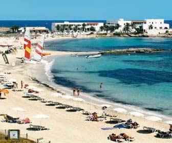 Es Pujols Formentera
